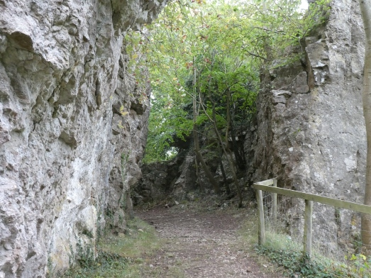 Here the carriageway was cut through the limestone cliff.
